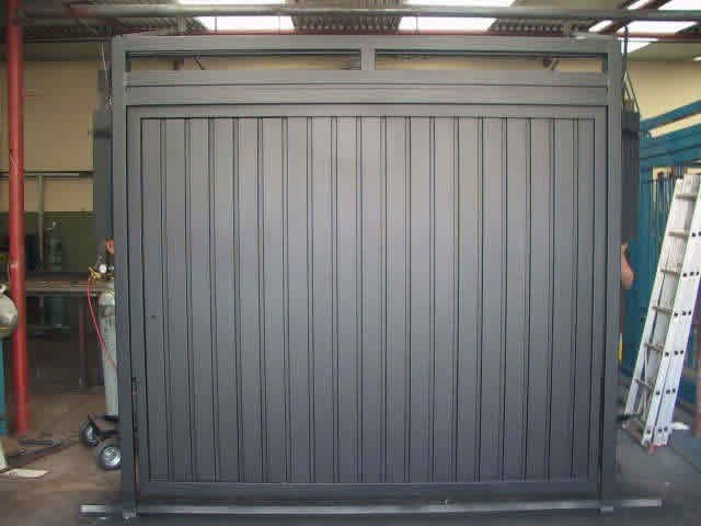 Precios puertas electricas baratas tumbaco altamax for Precio puertas baratas